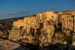 Tropea (Piotr_PopUp) Tags: tropea calabria italia italy buildings building architecture cityscape city sunset sun summer travel europe town cliff seaside rock