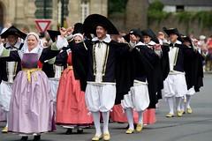 Strollad an Tour-Iliz - Trescalan-la-Turballe (Patrick Doreau) Tags: cercle celtique danse bretonne bretagne costumes tradition culture saintloup festival guingamp doreau trescalan la turballe strollad an touriliz