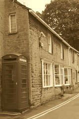 The Cottages of Castleton (dave_attrill) Tags: castlestreet cottages phonebox castleton villagecentre peakdistrict nationalpark derbyshire hopevalley august 2018 sepia
