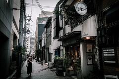 神戸三宮界隈 2018 #6ーSannomiya, Kobe city, neighborhood 2018 #6 (kurumaebi) Tags: kobe 神戸市 神戸 三宮 sannomiya 路地 street alley 街 fujifilm 富士フイルム xt20