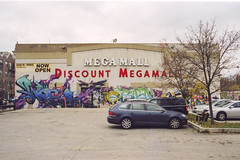 (Jeremy Whiting) Tags: discount megamall chicago illinois cook county urban city car park parking graf new topographics