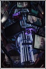 Be-on-TV (zweiblumen) Tags: scienceandindustrymuseum museumofscienceandindustry tv screens canoneos50d polariser zweiblumen