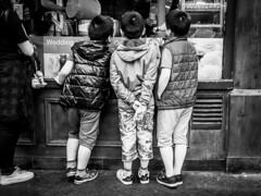 Curiosity (pretali-photography.com) Tags: london streetphotography bnw