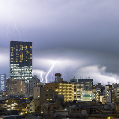 Lightning city (B Lucava) Tags: tokyo shinjuku lightning thunder sky cloud city cityscape building skyline skyscraper