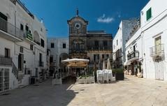 Cisternino (akabolla) Tags: cisternino puglia piazza valleditria