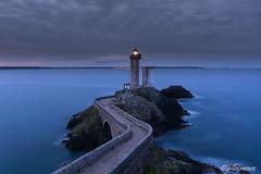 Plouzané Phare du Petit Minou (menez.gilles) Tags: bretagne finistère plouzané brest rade phare lighthouse breizh brittany pont bridge seascape sea