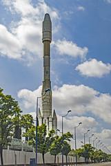 ... Ariane IV ... (Lanpernas .) Tags: cohete espacio space seville sevilla expo92 cartuja esa astronautica maqueta