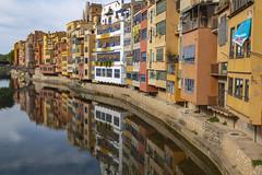 Girona's mirror (3) (Salva Pagès) Tags: girona gironamola onyar riu river rio reflejo reflection reflected reflexos gironès catalunya catalonia turismo tourism