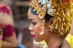 IMG_6670-tr (JLBenazra) Tags: bali cérémonie sawan indonésie costumes
