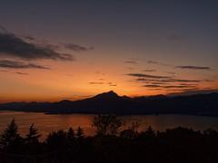 Lago Garda (Arturo_Jose) Tags: italy garda lake lago anochecer