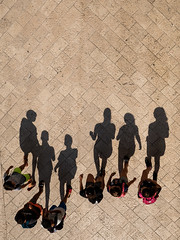 3 boys, 3 girls, 6 shadows (Werner Schnell Images (2.stream)) Tags: ws boys girls shadows shadow schatten dubrovnik kroatien croatia