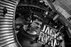 Dans la tête de Jack! / Inside Jack's head! (vedebe) Tags: homme hommes humain human cinema metro paris escaliers rue street city ville urbain urban urbanarte noiretblanc netb nb bw monochrome