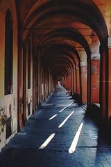 Saragozza (Enricodot) Tags: street enricodot red portici bologna