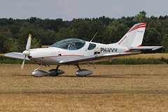 PH-VVV (QSY on-route) Tags: phvvv old timer fly drive in 2018 schaffen diest ebdt 11082018