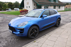Porsche Macan (twm1340) Tags: 2018 inverness scotland bus tour highlands caithness