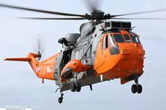 ZA166 - Westland Sea King HU5SAR - HeliOps (KarlADrage) Tags: za166 westlandseaking seakinghu5 hu5sar heliops portland royalnavy