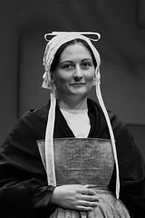 Coiffe du Cap Sizun (Patrick Doreau) Tags: coiffe cap sizun bretonne costume tradition culture bretagne noir et blanc nb pomponne