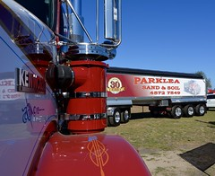 Parklea (quarterdeck888) Tags: trucks photos truckphotos australiantrucks outbacktrucks workingtrucks primemover class8 overtheroad interstate frosty quarterdeck jerilderietrucks jerilderietruckphotos flickr bdoubles lorry bigrig highwaytrucks interstatetrucks nikon truck kenworth kenworthclassic kk kenworthclassic2018 truckshow truckdisplay workingclasstrucks noprizes parklea tipper 5axledogtrailer