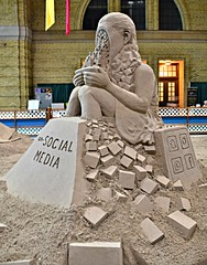 Un-Social Media, Sand Sculpture by Rusty Croft, Enercare Centre, Canadian National Exhibition, Toronto, ON (Snuffy) Tags: unsocialmedia sandsculpture rustycroft enercarecentre canadiannationalexhibition cne exhibitionplace toronto ontario canada