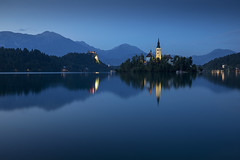 Lake Bled reflections during the blue hour, Slovenia (Tim van Woensel) Tags: lake bled island church blue castle blejsko jezero julian alps mountains europe travel water reflections assumption mary forest