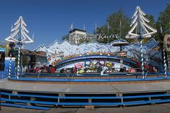 Schueberfouer de Luxembourg (godran25) Tags: europe unioneuropéenne europa luxembourg luxemburg schueberfouer fête foraine manèges attractions couleurs couleur colors color foire jeux merrygoround carousel cirque circus bayern kurve