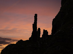 Giant's Causeway. (richard.mcmanus.) Tags: giantscauseway rocks stacks chimneystacks rockformations landscape sunset mcmanus northernireland unitedkingdom