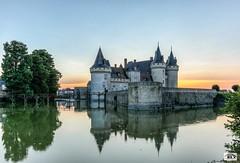 Château de Sully sur Loire (JG Photographies) Tags: europe france loire sullysurloire château castle paysage médiéval douve jgphotographies canon7dmarkii