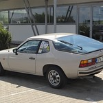 Porsche 924 thumbnail