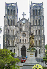 Hanoi, St Joseph's Cathedral (vern Ri) Tags: hanoi cathedral church asia vietnam