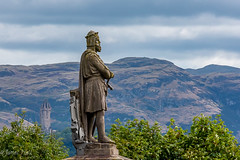 Robert The Bruce Monument & Wallace Monument, Stirling (jmyhall) Tags: jh location object people photographers robertthebruce scotland statuememorial sterling unitedkingdom wallacemonument