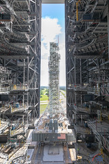 ML in the VAB (Michael Seeley) Tags: crawler kennedyspacecenter mlp mikeseeley mobilelaunchplatform mobilelauncher nasa sls spacelaunchsystem timelapse vab vehicleassemblybuilding wereportspace