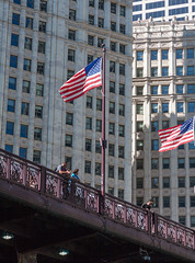 Sight Seers (BenG94) Tags: chicago illinois canon 5d sight seeing streetphotography