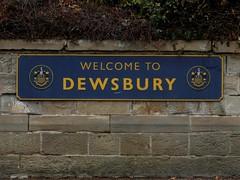 Dewsbury (stillunusual) Tags: dewsbury yorkshire westyorkshire station railwaystation 2018