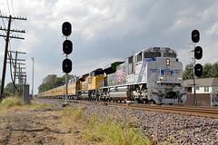 UP 1943 east in Cortland, Illinois on September 20, 2018. (soo6000) Tags: cortland illinois pcbpr1 businesstrain passengertrain genevasub searchlights 1943 up1943 militaryhonor sd70ace sd70ah emd
