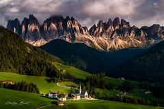 Dolomites 2018 - Val di Funes (cesbai1) Tags: val di funes italie italy italia italien dolomites sankt magdalena church kirche eglise mountains sunset a7rii sony