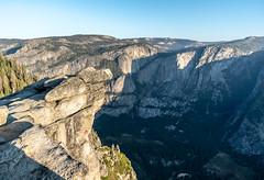 Overhang (jonsimeral) Tags: yosemitenationalpark glacierpoint waterfall yosemitefalls valley yosemitevalley yosemite