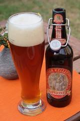 Kapuziner Kellerweizen (multipel_bleiben) Tags: essen alkoholika zugastbeifreunden flasche fertigprodukt weizen