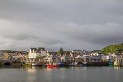 Oban (Xtian du Gard) Tags: xtiandugard oban ecosse scotland europe reflets docks