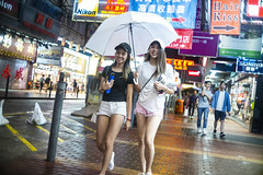 Rainy night (人間觀察) Tags: leica m240p leicam leicamp hong kong street photography people candid city stranger mp m240 public space walking off finder road travelling trip travel 人 陌生人 街拍 asia girls girl woman 香港 wide open 35mm f15 ltm canonrf35mmf15 canon rain