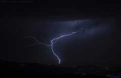 2018.08.27 - 223028 (NIKON D7200) [Montemuro - São Cristóvão] (Nuno F. C. Batista) Tags: nuvens montemuro sãocristovão portugal lusoskies lightning relâmpago thunderstorm trovoada storm night sky nikon severe weather storms photography skies portuguese meteorology cumulunimbus d7200 resende céu norte douro