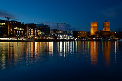 #32 - Oslo (Richard Forward) Tags: oslo akerbrygge blue hall cityhall norway night reflections