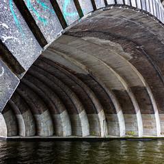 Berlin, July 19, 2018 (Ulf Bodin) Tags: berlin lines summer urban bridge trainbridge spree canonef35mmf14liiusm germany architecture outdoor vault water canoneos5dsr urbanlife tyskland de