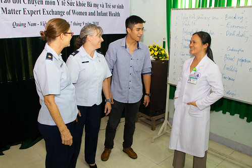 U.S., Vietnam medical professionals participate in a subject-matter-exchange during Pacific Angel 18
