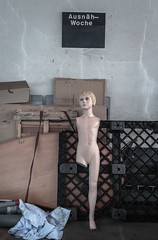 Ausnähwoche... (bananahh) Tags: textilfabrik industrie verfallen verlassen leer abandoned industrialurbex ue urbanexploration textile industry factory