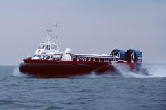 Double O Seven - Stokes Bay - 09-06-90 (MarkP51) Tags: doubleoseven stokesbay thesolent hovercraft ship boat vessel maritimephotography sunshine sunny nikon kodachrome64 slide film scan