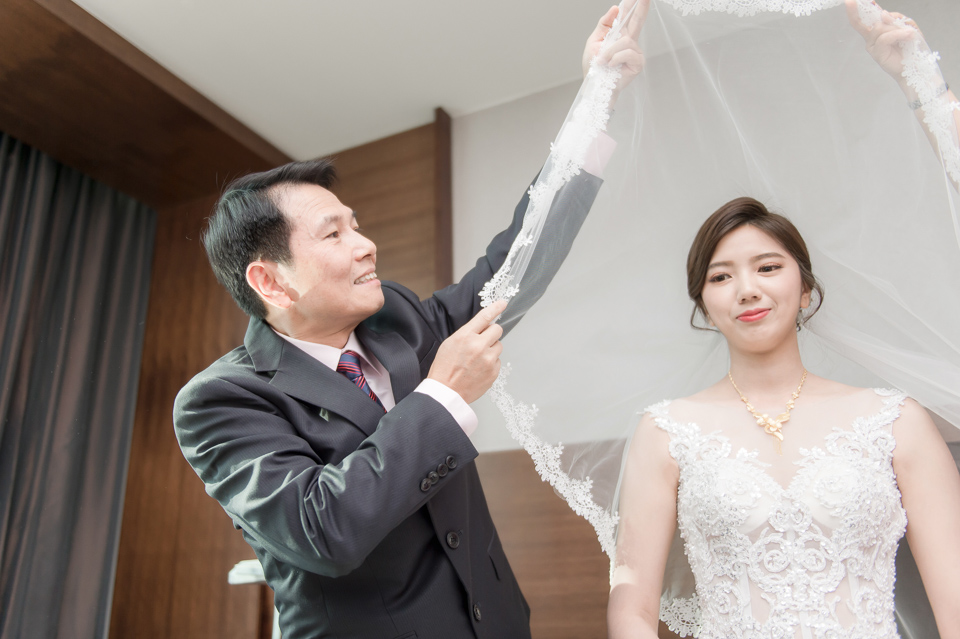 高雄婚攝 海中鮮婚宴會館 有正妹新娘快來看呦 C & S 063