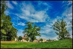 Commune de Saint Martin du Bois 1/3 (Fotomaniak 53) Tags: village gironde 33 fotomaniak53 eos canon 550d raw bleu vert feuilles été 2018 septembre