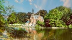 Bruges - 5913 (ΨᗩSᗰIᘉᗴ HᗴᘉS +57 000 000 thx) Tags: bruges water river castle hensyasmine namur belgium europa aaa namuroise look photo friends be wow yasminehens interest intersting eu fr greatphotographers lanamuroise