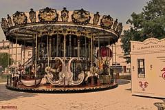 Vintage ride (ericbaygon) Tags: manège fête forain carousel vintage old ancien sepia bois chevaux rochelle france nikon d750 funfair foraine parc