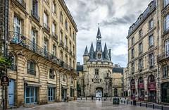 Porte Cailhau - Bordeaux, France (André Boulay) Tags: porte cailhau bordeaux bw